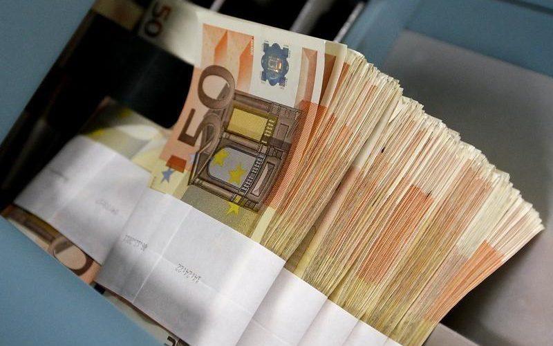 Peste un miliard de euro ajutor din partea UE, pentru combaterea efectelor COVID-19 în România