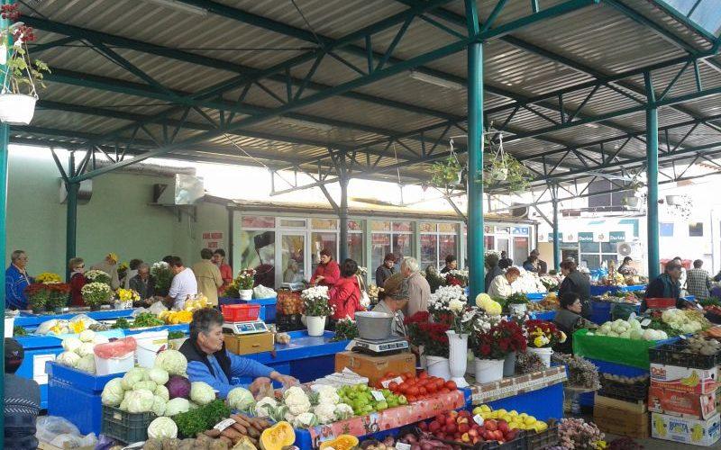 Ministrul Agriculturii: Piețele rămân deschise! În Dej, nu?