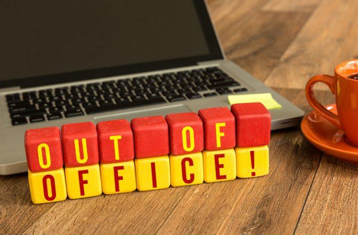 Decret prezidenţial: Bugetarii pot fi obligaţi să intre în concediu de odihnă!