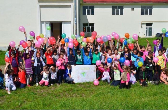 Școala Gimnazială Câțcău – O școală mică, dar cu suflete mari