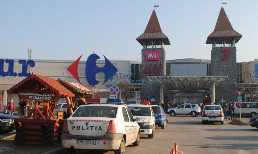 Se deschid mall-urile, dar nu prea…
