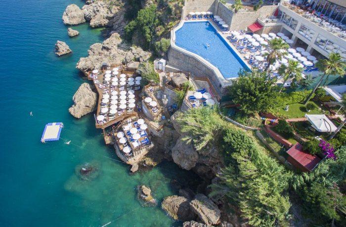 Românii pot călători în Turcia fără a prezenta rezultatul negativ al unui test Covid-19