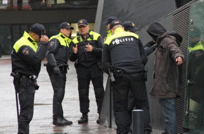 Polițiștii, nemulțumiți de noua uniformă