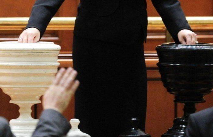 PSD depune, astăzi, la Parlament moţiunea de cenzură împotriva Cabinetului Orban