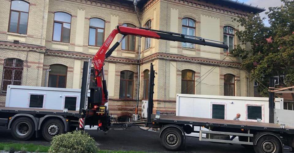 Containere de locuit, amenajate la unităţile medicale din judeţul Cluj
