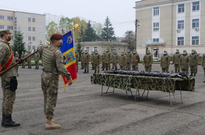 """Soldați profesioniști au început instruirea la Batalionul 811 Infanterie ,,Dej"""""""