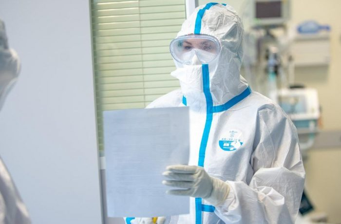 Raed Arafat: Studenții la Medicină vor lucra ca asistenți medical în spitalele COVID