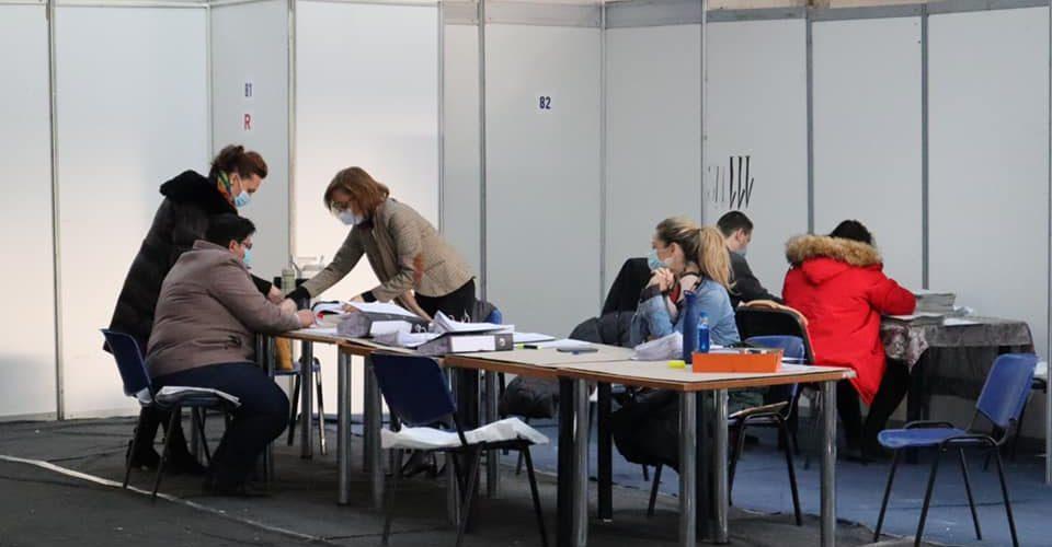 Materialele electorale, distribuite astăzi UAT-urilor