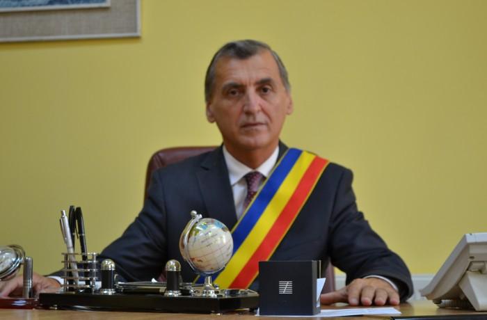 Primarul Costan Morar: La Mulți Ani România! La Mulți Ani dragi dejeni!