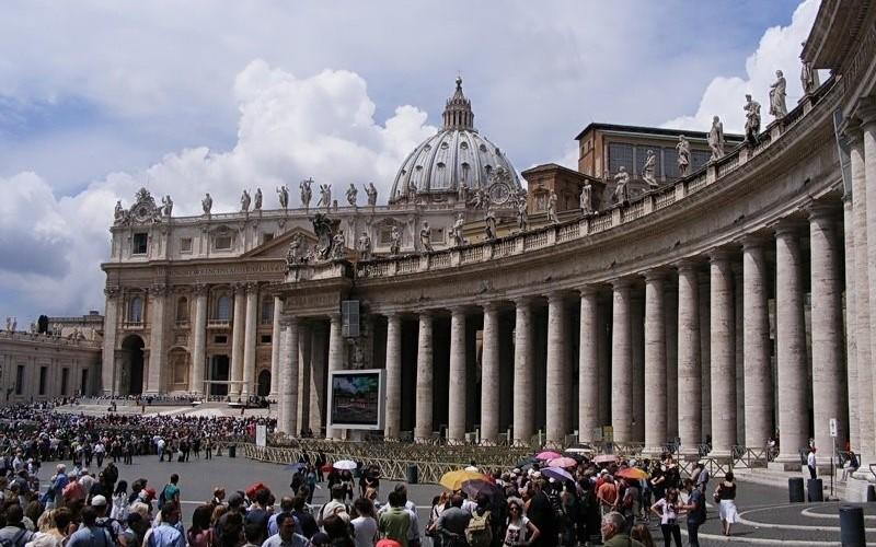 Vatican: San Pietro, Michelangelo şi Pieta