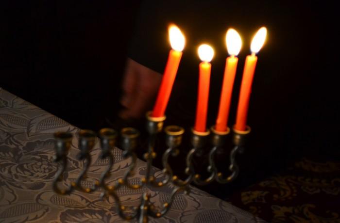 """Hanuka – """"Sărbătoarea luminilor"""", la Sinagoga din Dej"""
