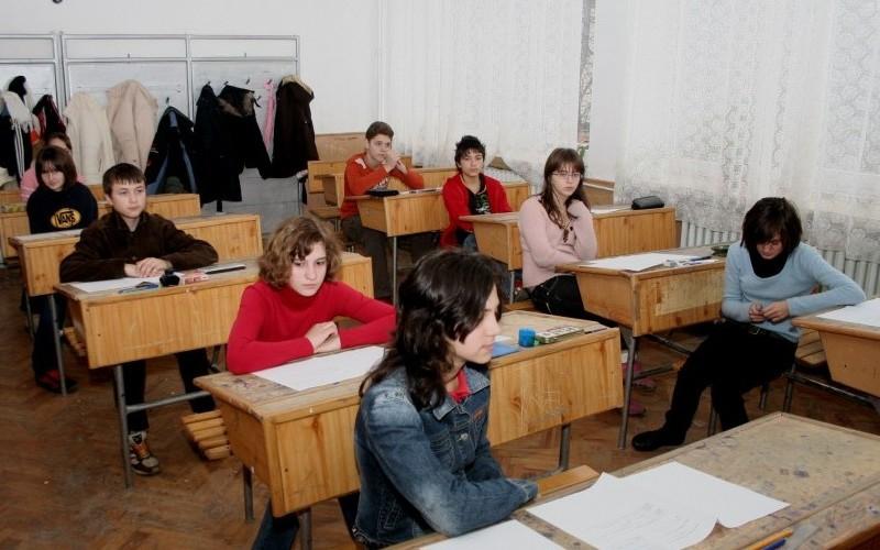 Elevii vor recupera cursurile pierdute din cauza gerului