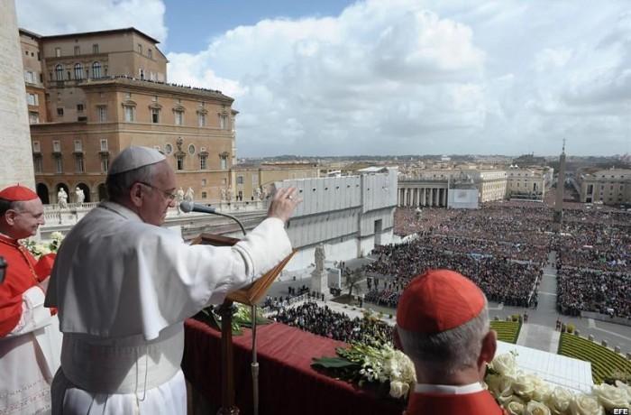 Creștinii catolici sărbătoresc  Învierea Domnului