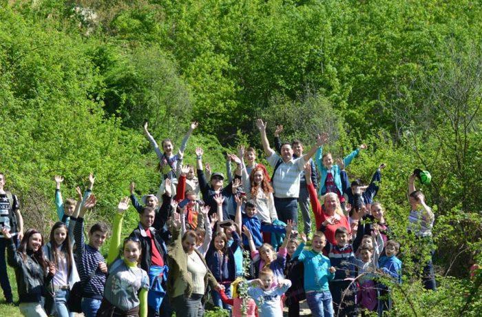 Elevii Şcolii Gimnaziale din Chiuieşti, pe meleaguri sălăjene