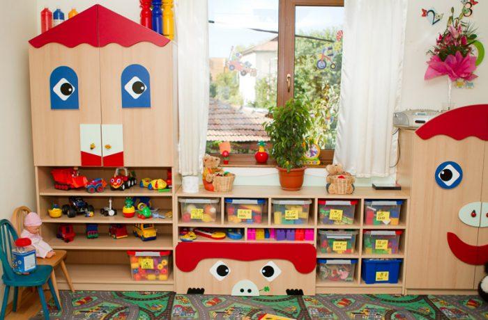 Ministerul Educației: Reînscrierile copiilor la grădinițe încep pe 8 mai