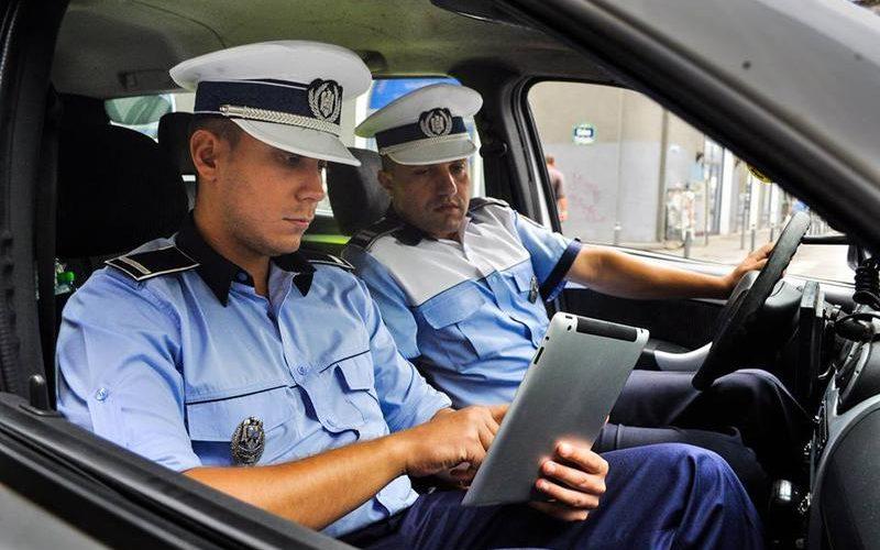 Polițiștii vor primi tablete!