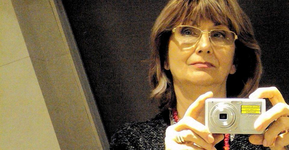 """Éva Lukács Solymossy : """"Îmi filtrez amintirile, impresiile, senzațiile, gândurile și încerc apoi, să le dau viață…"""""""