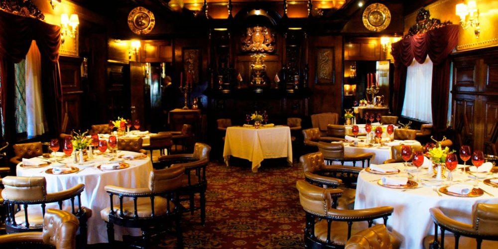 Impozitul specific pentru baruri, restaurante și hoteluri, se va aplica de anul viitor!