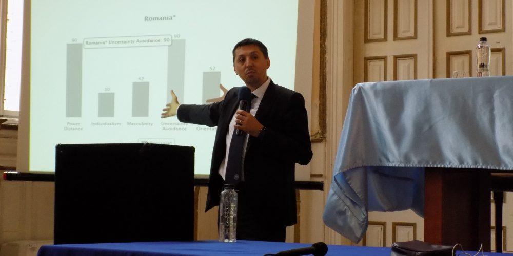 Daniel David, la conferința organizată de femeile social-democrate din Dej