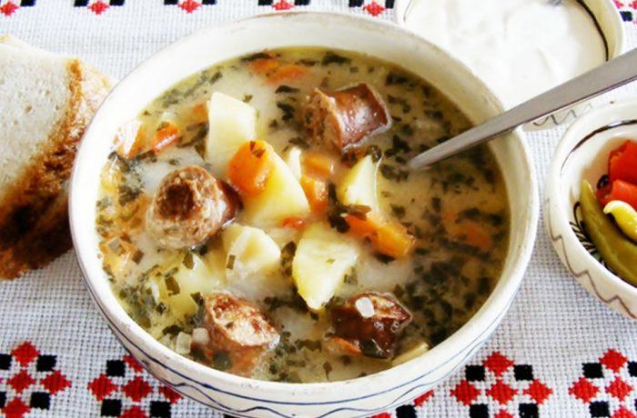 Supă de cârnați cu groșcior