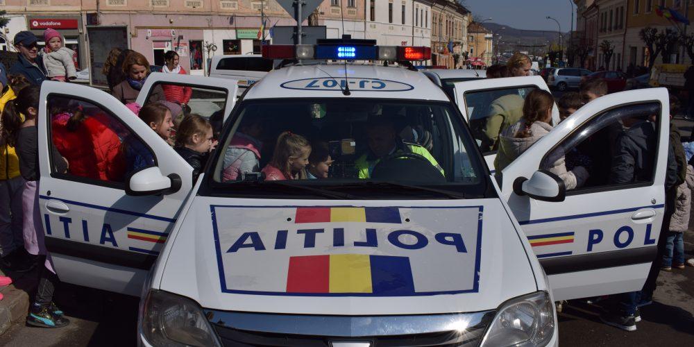 """Copiii din Dej, au fost """"polițiști pentru o zi""""!"""