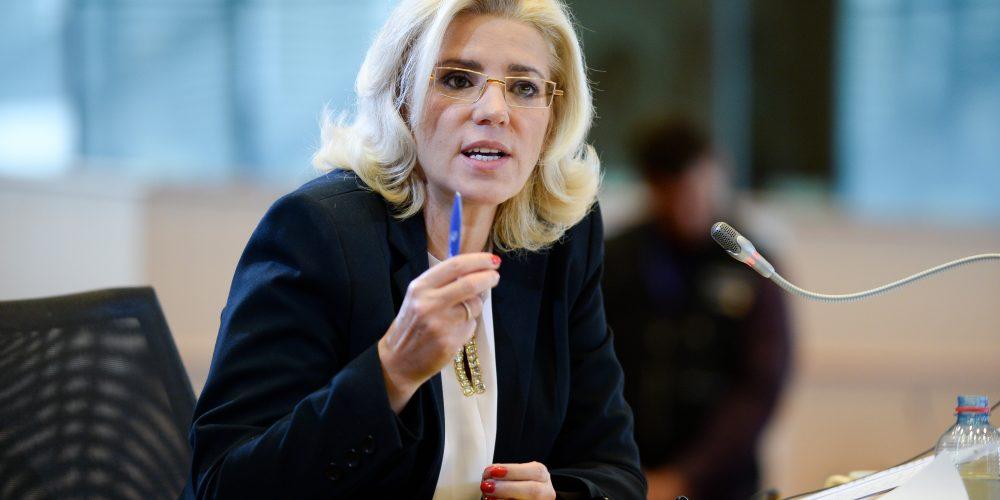 Corina Crețu: România a atras 0% fonduri europene