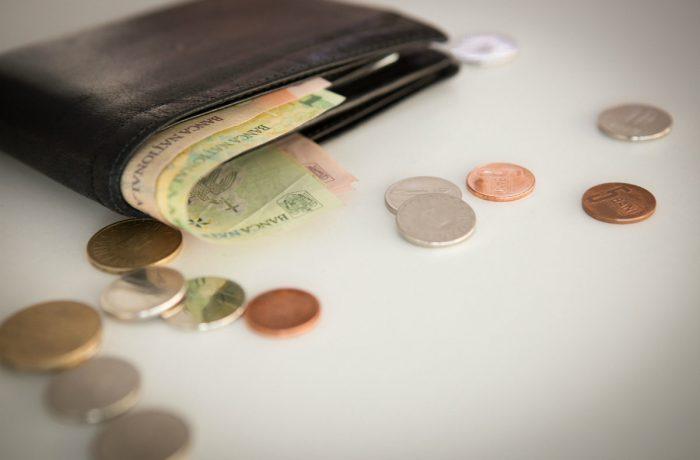 Legea impozitelor şi taxelor va fi modificată. Cetățenii, buni de plată!