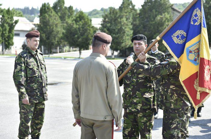 "Ceremonial militar de predare – primire a comenzii Bazei 4 Logistică ""TRANSILVANIA"""