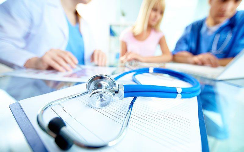 Românii preferă serviciile medicale private, în detrimentul celor de stat
