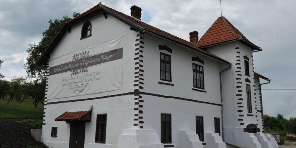 Tabără internaţională de folclor, la Răscruci