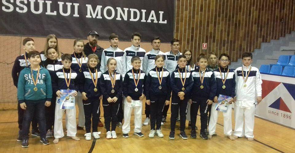 Opt medalii de aur pentru C.S. Budokan Ryu
