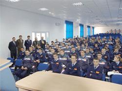 În luna ianuarie 2018, admitere în școlile de agenți și subofițeri