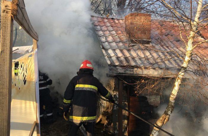 În medie, 6 locuințe pe zi, sunt mistuite de flăcări din cauza hornurilor necurățate