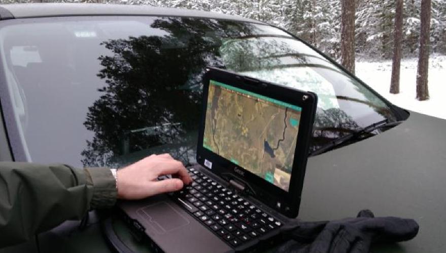 De sărbători, poliţiştii vor supraveghea cu dronele traficul rutier