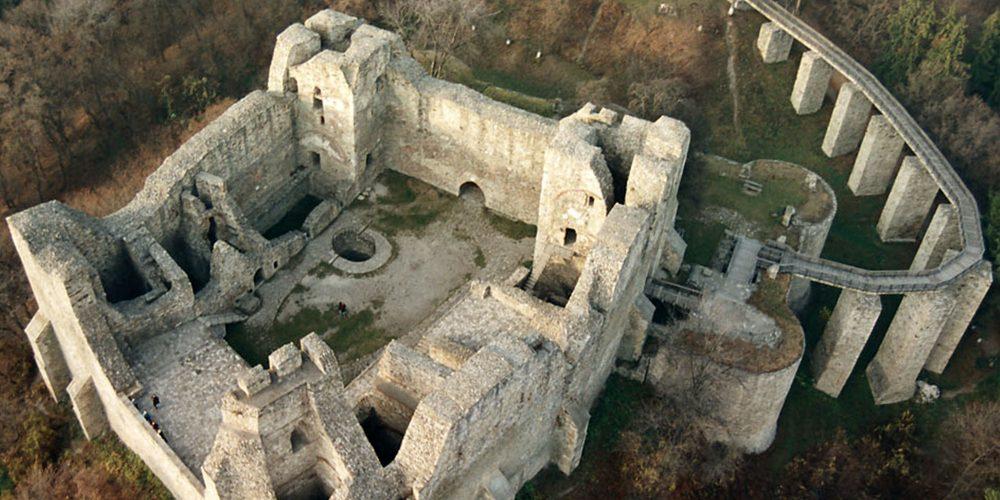 De văzut: Cetatea Neamțului