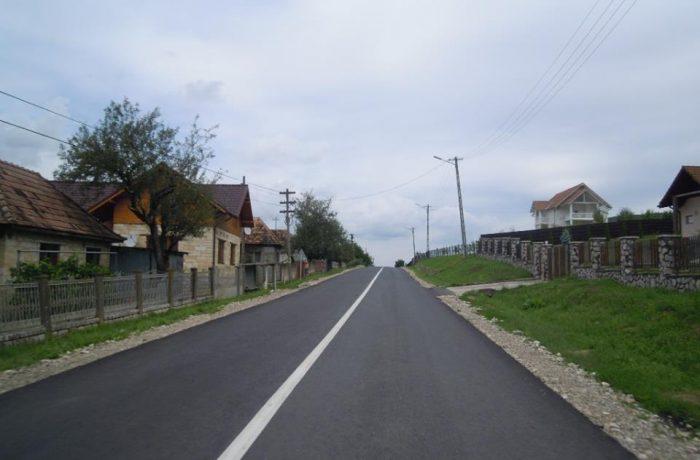 Încep asfaltările de primăvară în județul Cluj