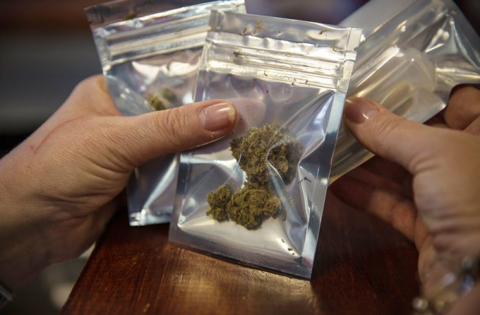 Creştere alarmantă a consumului de droguri în România