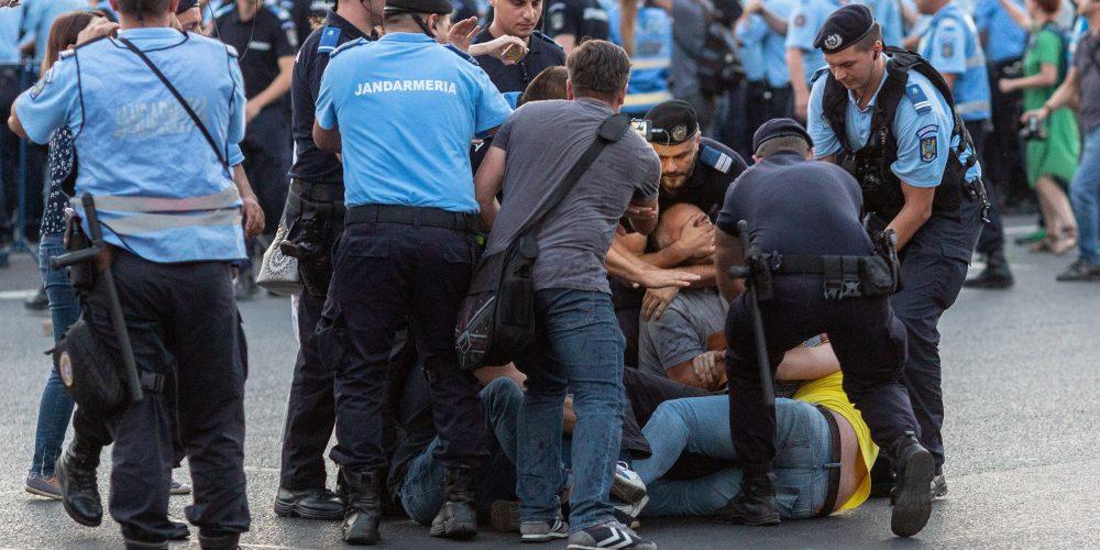 Codul Penal, contestat în stradă!