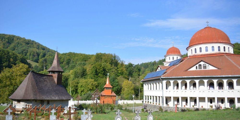 Întâlnirea preoţilor de slujire caritativă din Arhiepiscopia Vadului, Feleacului şi Clujului, la Cășiel