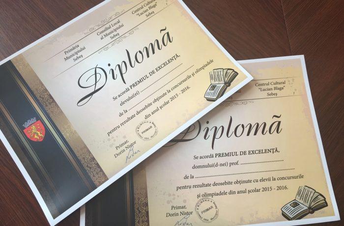 Peste 400 de elevi și dascăli clujeni vor fi premiați, la Gala Excelenței în Educație