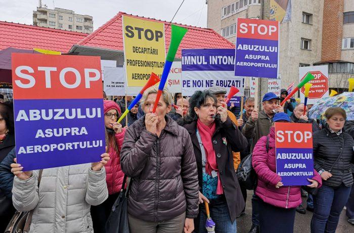 """Cluj: Sindicatul Aeroportului Internaţional """"Avram Iancu""""  iese din nou în stradă"""