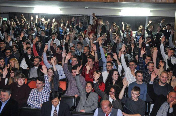 Universitățile se întrec în oferte adresate viitorilor studenți