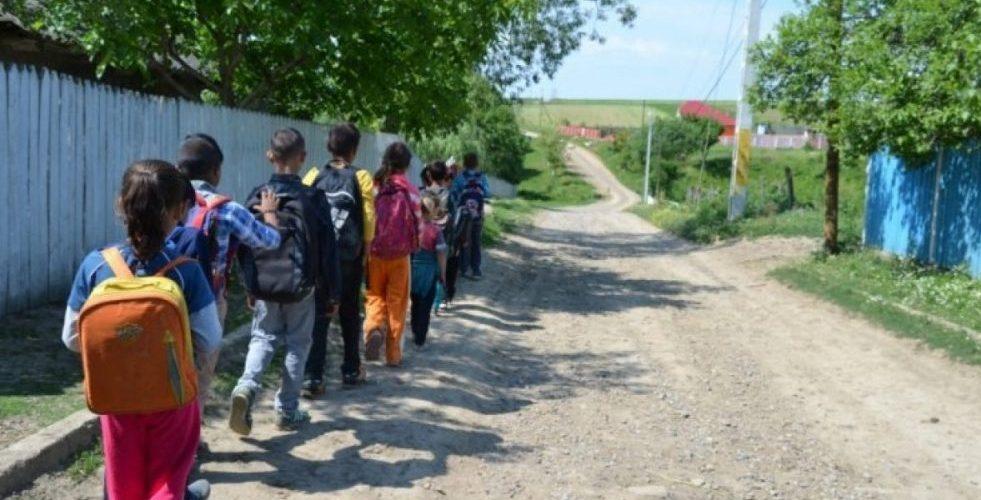 """""""România educată"""" un nou experiment pe pielea elevilor și dascălilor!"""