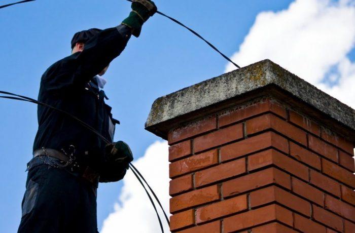Coșurile de fum necurățate,  pericol pentru incendii și intoxicații cu monoxid de carbon