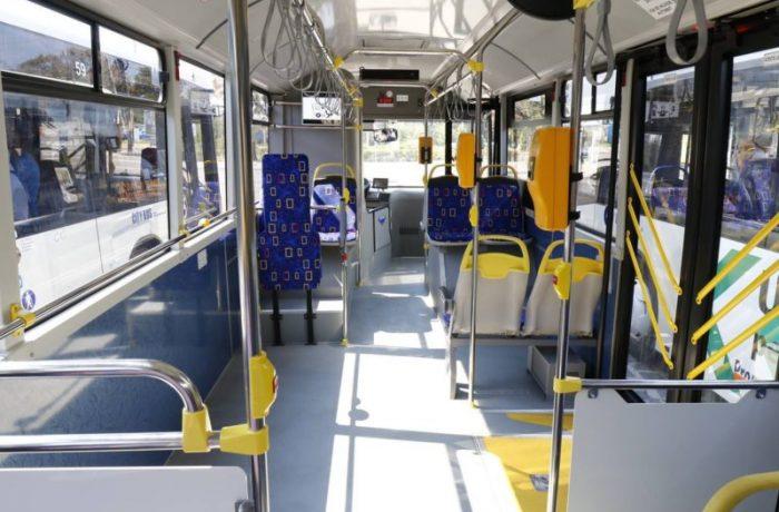Din toamnă, elevii vor circula gratuit pe mijloacele de transport în comun rutiere