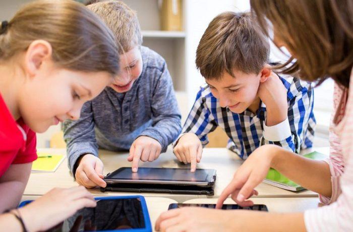 Dezbatere publică privind structura anului școlar 2020-2021