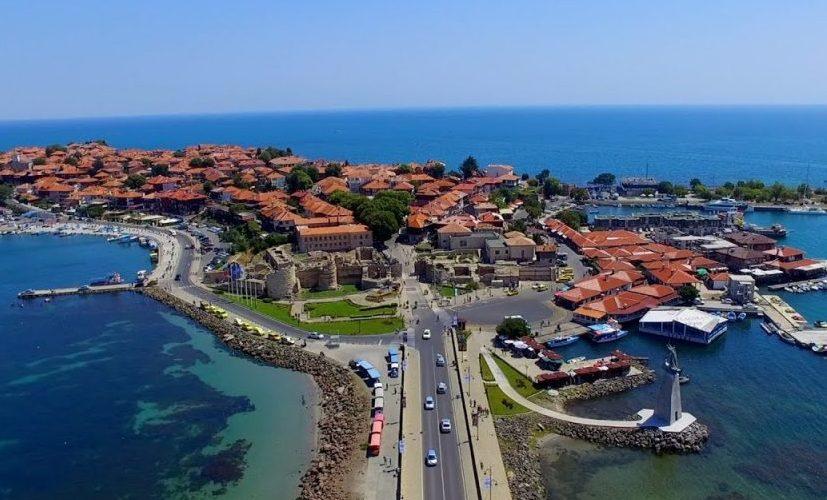 Vacanțele se ieftinesc în Bulgaria și se scumpesc în România