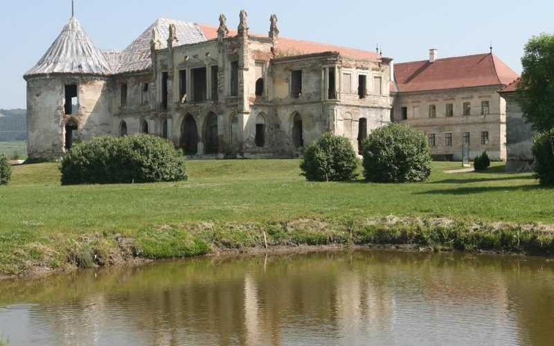 Ziua porților deschise la Castelul Banffy
