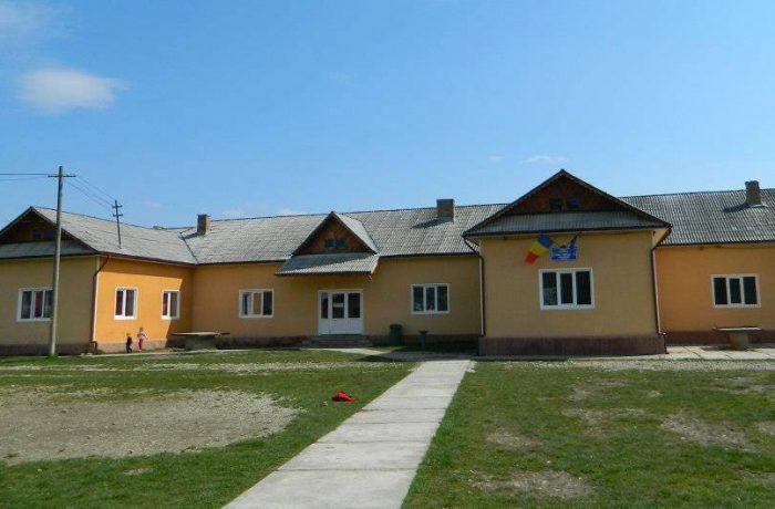 Şcoala Gimnazială Chiuieşti, între tradiţie şi modernitate