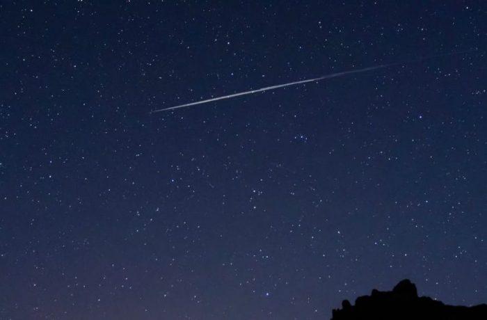 Sateliţii Starlink din proiectul SpaceX, au fost vizibili pe cerul României